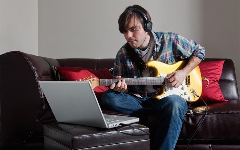 آموزش آنلاین گیتار